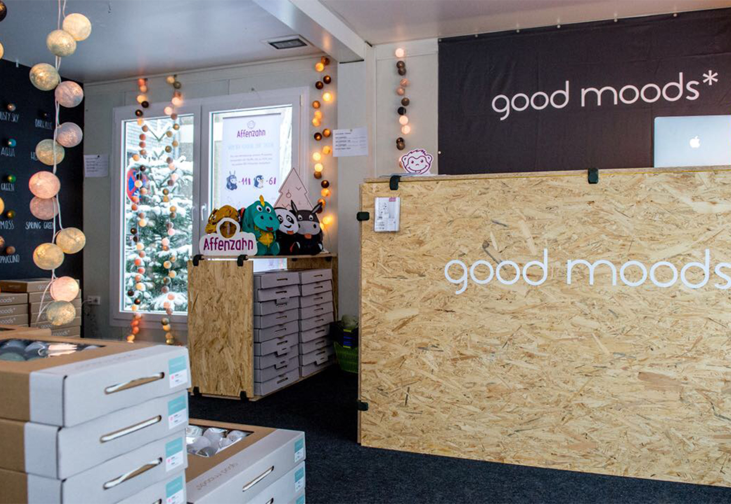 PlayWood & good moods* for a new concept store